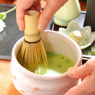 京都宇治の厳選された本格抹茶で、ほっこりとーー。