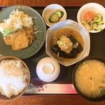 和ダイニング 青山 - 料理写真:日替わりランチ