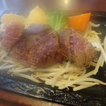 カウベル - ぶどう牛ステーキ150g