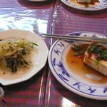 獨壹荘 - ランチセットの前菜でっす!