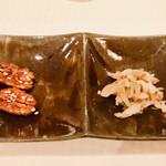 112243431 - おつまみ: 胡桃&搾菜