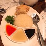 海南鶏飯食堂 - 海南鶏飯