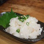 ホルモン本舗 昭和館 - 料理写真:白センマイ刺し(ハーフ)