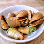 沖縄大衆酒場 島人 - お通しの茹でたティラジャー(チャンバラ貝)