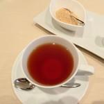 レストラン 拓 - ドリンクは紅茶に