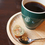 森のこぶた - セットのコーヒー