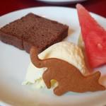 ビストロ猫 - 料理写真:猫の形のクッキーが可愛い