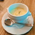ブラッスリーオオサキ - コース:この日はコーンスープ