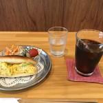 はま茶 - 料理写真:「豆たまごサンド」のモーニングセットです(2019.7.25)