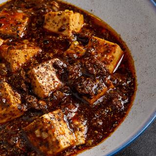 旨辛さが後を引く!当店自慢の麻婆豆腐をお召し上がりください