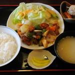 めし処 なかなか - 酢豚定食