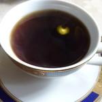 セーナーニ - 紅茶
