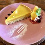 112280591 - レモンタルト さくっホロっなタルト生地に、ぷるっとろんとしたレモンジュレ!美味しかったです(*^◯^*)