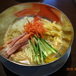 Tonchinkan - メインは五目冷し中華