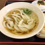麺通堂 - 麺が不自然に不揃い