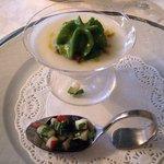 マダム・トキ - マダム・トキ @代官山 有機カブのスープとその新芽のサラダ