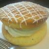 クライマックスコーヒー - 料理写真:ウーピーパイ・チーズクリーム (380円)