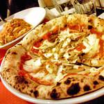 トラットリア・ピアノ - 1Fで食べたパスタ&ピッツァ。('09 1月)