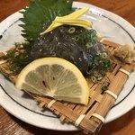 網元料理あさまる - 生しらす 580円(税抜)