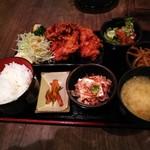 炭火居酒屋 炎 - ザンギ定食 590円(税込)