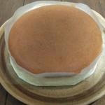 112316634 - ホールタイプのチーズケーキを購入しました。