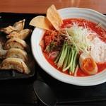 羅妃焚 - 辛冷麺ストロング 餃子