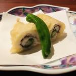 ギンザ うおぬま - 鱧天 鱧と胡瓜の天婦羅 伏見唐辛子