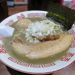 112343648 - 【(限定) 濃厚中華ソバ + 半熟味付け煮玉子】¥850 + ¥100