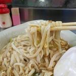 丸玉食堂 - 平打ち麺リフト