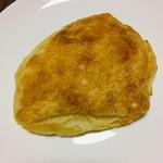 パン シャルマン - 料理写真:塩バター   100円なり