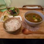 欒時 - 里芋と牛バラのスープカリー