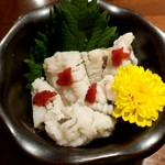 立呑み 魚椿 - ハモの梅肉和え