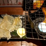 立呑み 魚椿 - エイヒレ炙りのファイヤーショー♪