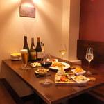 オラオーレ スペインタパスと自然派ワインの店 -