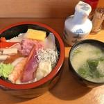 福和寿司 - 海鮮丼
