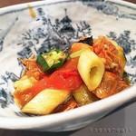 Feifontommiyazawa - 夏野菜と車海老の頭の炒め煮込み