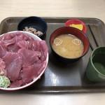 112373934 - 豪快丼 1000円