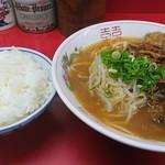 中華そば めん八 - 料理写真: