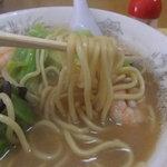 ちゃんぽん長崎家 - 麺が特徴的。ちゃんぽん麺なの。