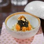 TAIAN TOKYO  - 毛蟹 紫雲丹、 キャビア、 フロマージュブラン、りんごのキャラメリゼ、オレンジ