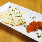 地下のスペインバル ALBA - カラスミ&マンチェゴチーズ