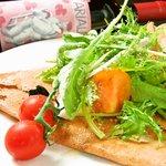 ガイーナ - 料理写真:無農薬野菜いっぱいのそば粉ガレット!