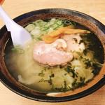 金正 - 料理写真:塩ラーメン