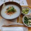 ももがゆ家 - 料理写真:ガパオのお粥730円