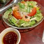 焼肉飯店 こぶたー - やさいサラダ(¥680) ドレッシング別