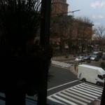 カフェドゥラプレス - 窓から望む県庁