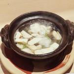 112424444 - 鱧松茸の鍋