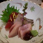 玉屋旅館 - 料理写真:お造り