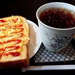 珈琲工房 貴船 - 料理写真:アールグレイアイスティー(480円) モーニングはエッグトーストですた。