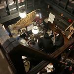 道しるべ - 古民家風店内  二階からの風景